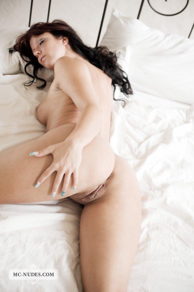 Wendy Mcnudes одна из самых популярных латинских малышек с большими сиськами