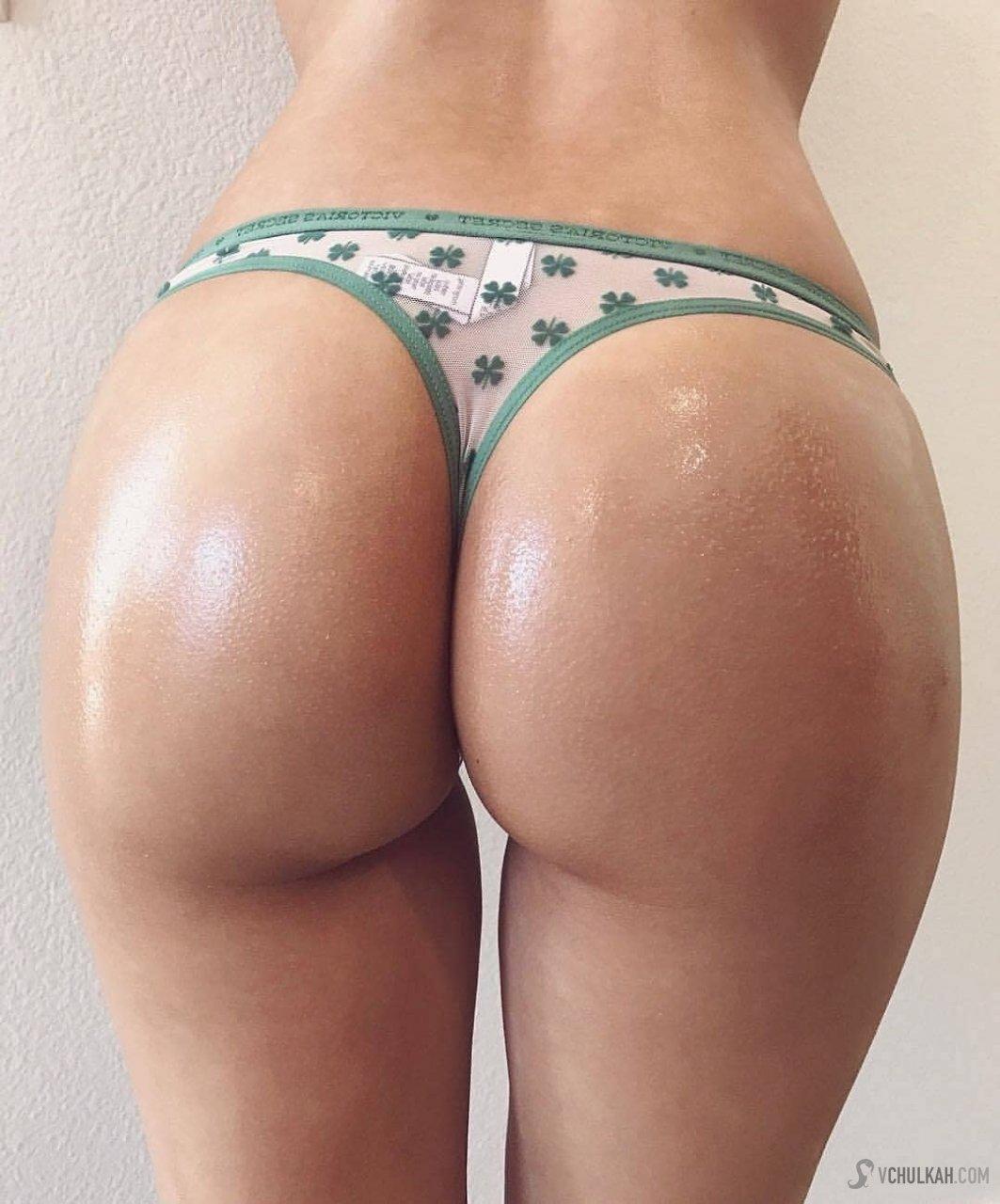 Сочные жопы красивых телок