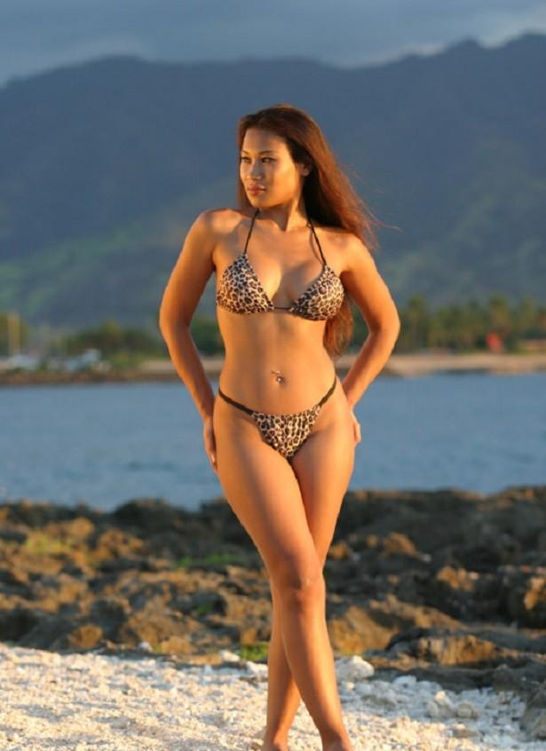 Голые гавайские женщины