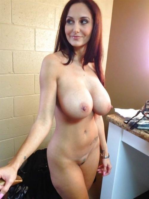 Голые девушки с рыжими волосами на домашних снимках