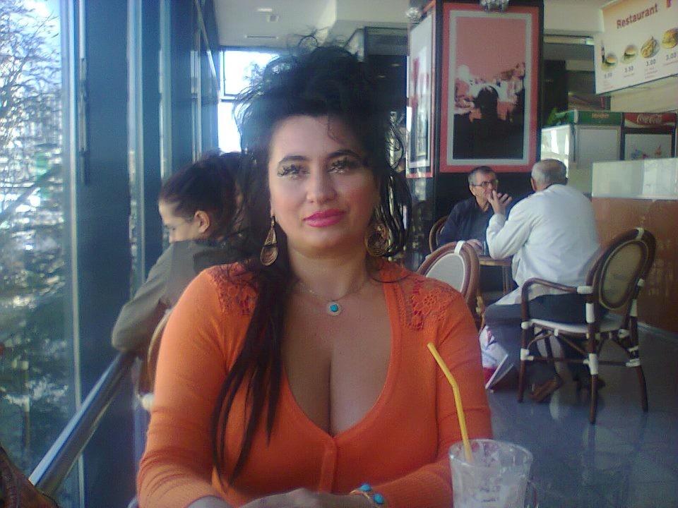 Зрелая женщина из Боснии