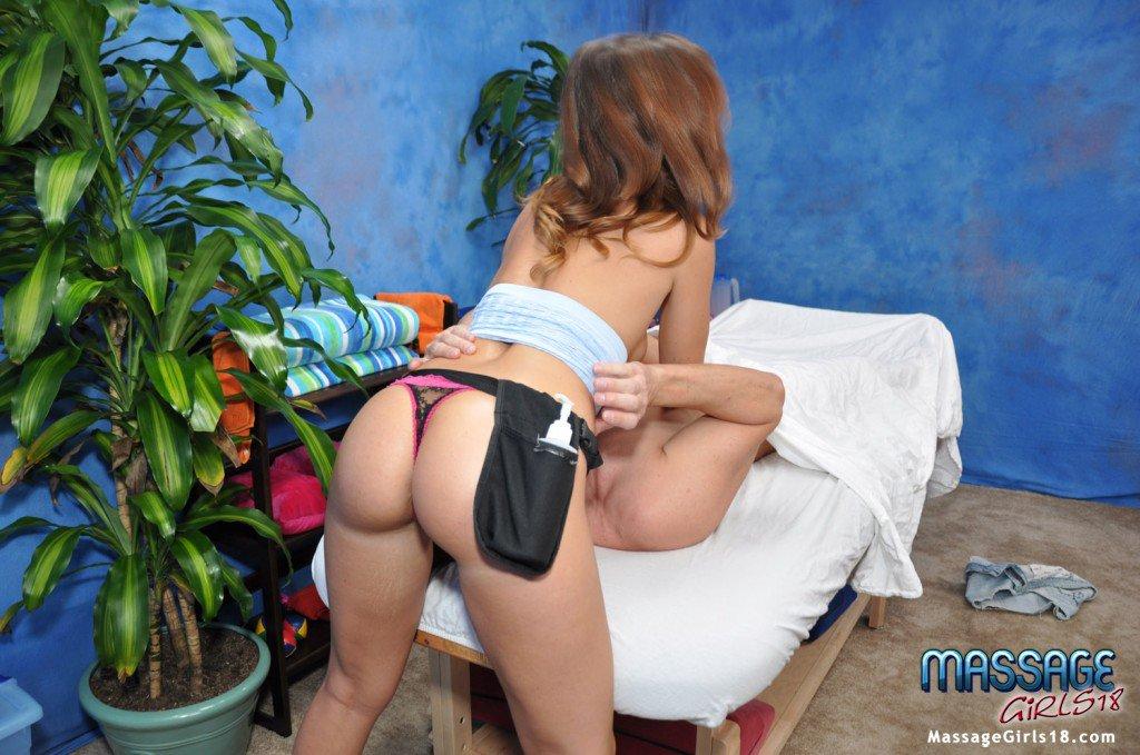 Милая Mira FTV вот-вот покажет свое обнаженное тело перед сексом